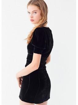 Mini vestido de terciopelo negro For love and lemons