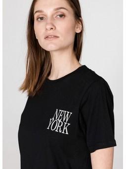 Camiseta NEW YORK negra Silvian Heach