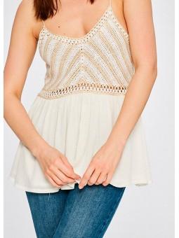 Camiseta macramé beige y blanca Silvian Heach