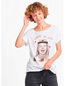 Camiseta Love Icon Dear Tee