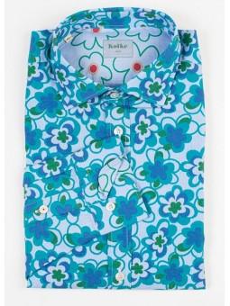 Camisa de flores verde y azul